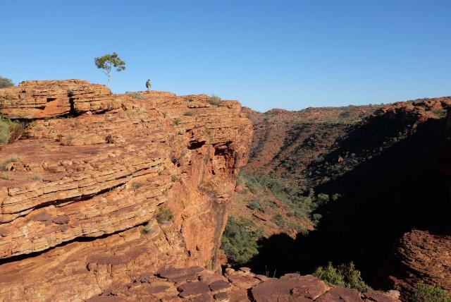 outback australia kings canyon hero